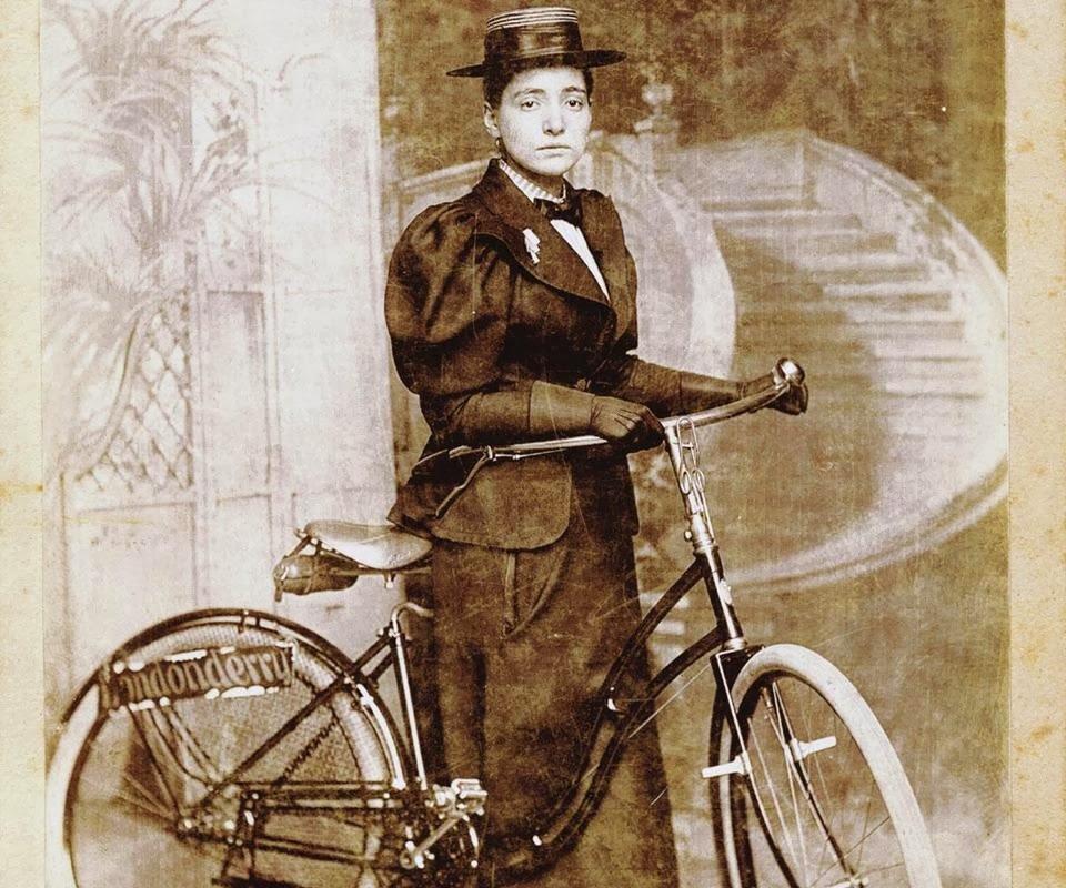 Annie Kopchovsky e a sua pesadona